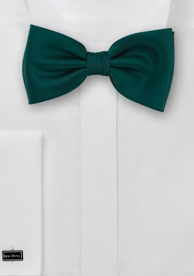 Dark green Bow-tie  -  Solid color bow tie in a dark forrest green color
