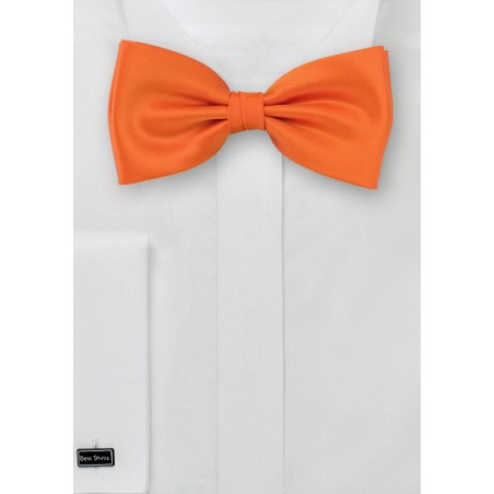 Orange bow tie  -  Solid color bow tie in orange color