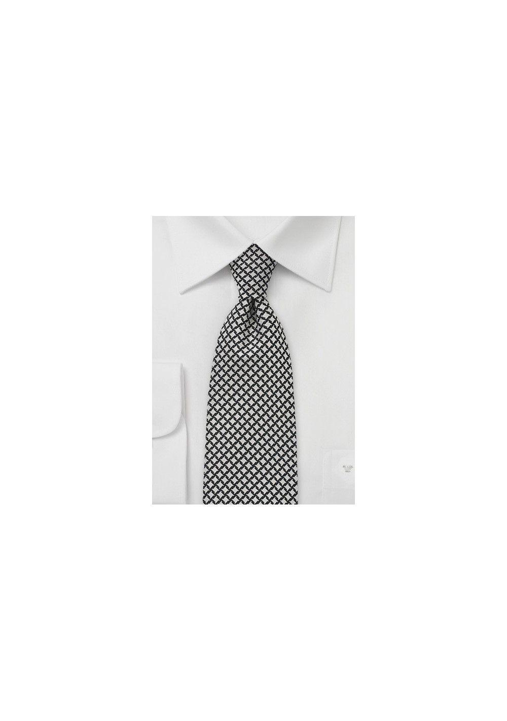 Handwoven Tie in Black and Ivory