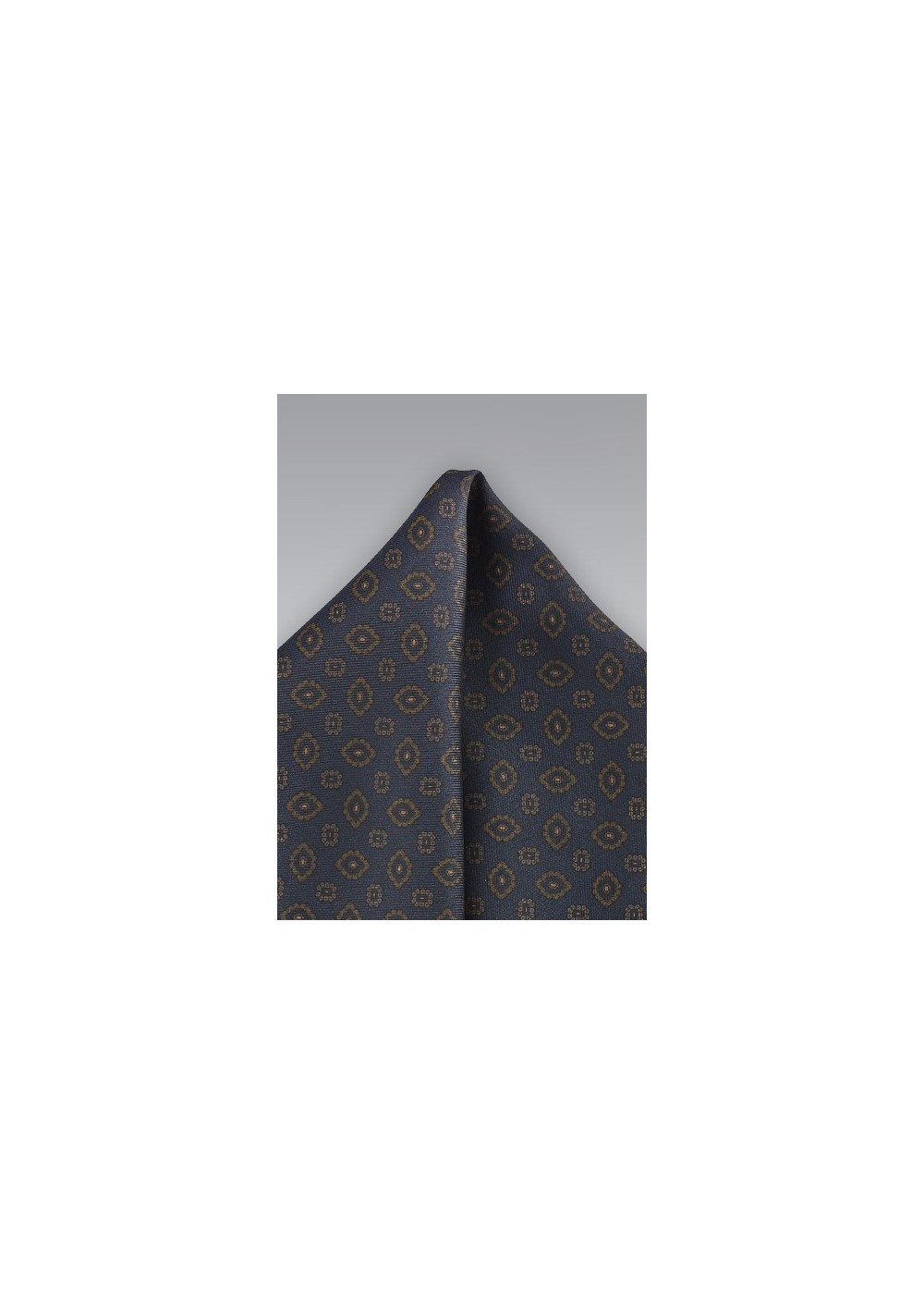 Pendant Pocket Square in Midnight and Bronze
