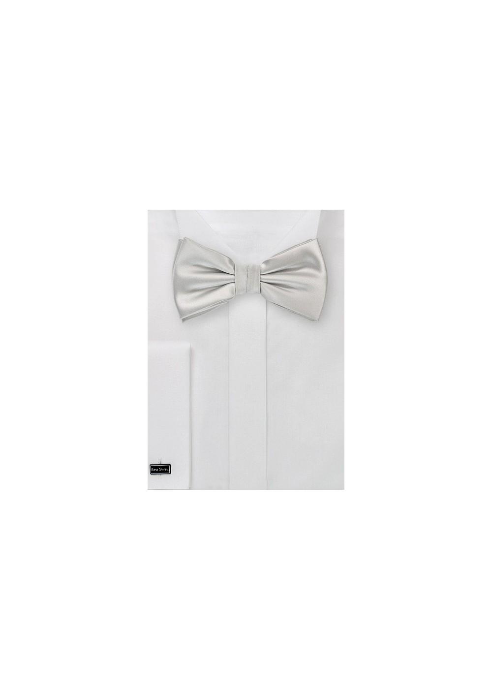 Light Platinum Silver Bow Tie