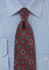 Medallion Print Tie in Classic Burgundy