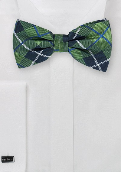 Tartan Plaid Bow Tie in Forest Green and Blue