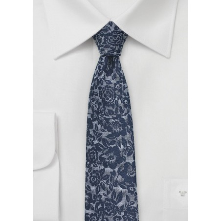 Silk Lace Floral Tie in Navy