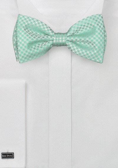 Bow Tie in Mint and Clover Green
