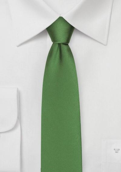 Skinny Silk Tie in Moss Green