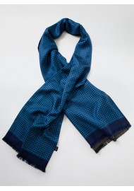 Geometric Check Patterned Scarf in Blue