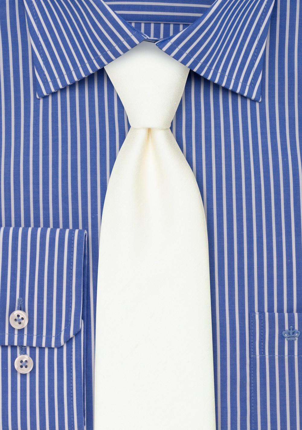 Contemporary Blonde Linen Textured Tie