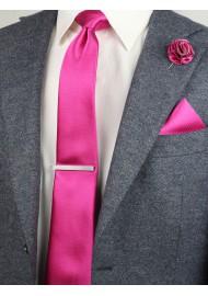 groomsmen gift set in magenta pink