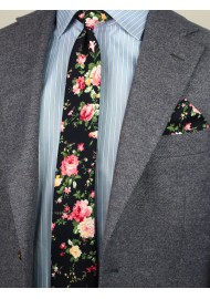 floral skinny tie with roses
