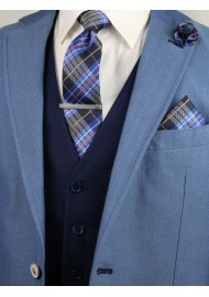 plaid tie styling tips