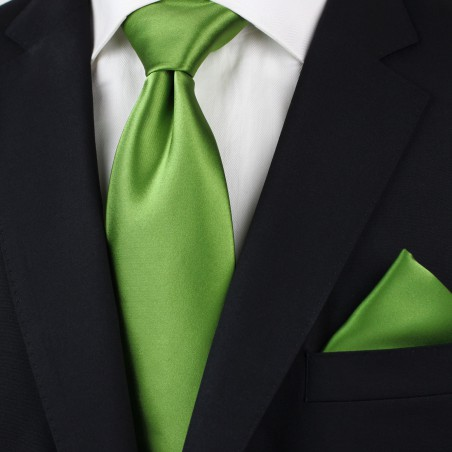 Clover Green Tie Styled