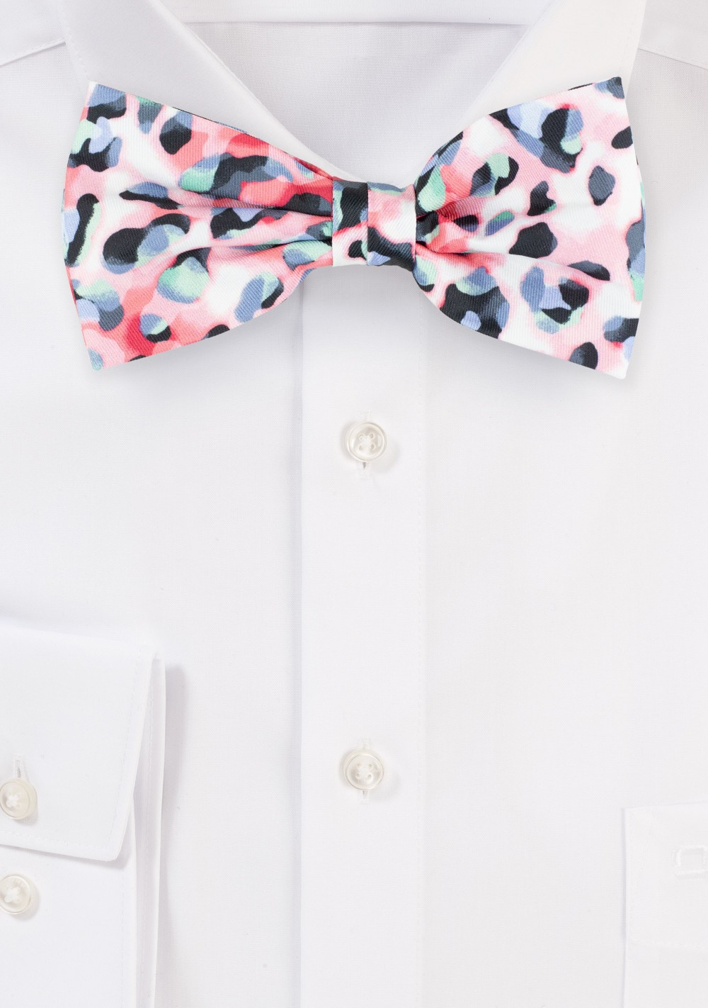 Leopard Print Bow Tie in Pink