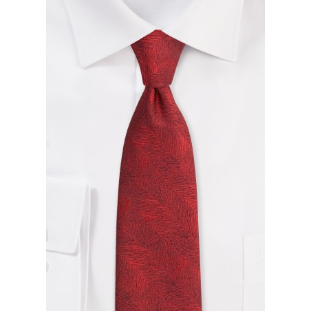 Wood Grain Textured Tie in Apple Red