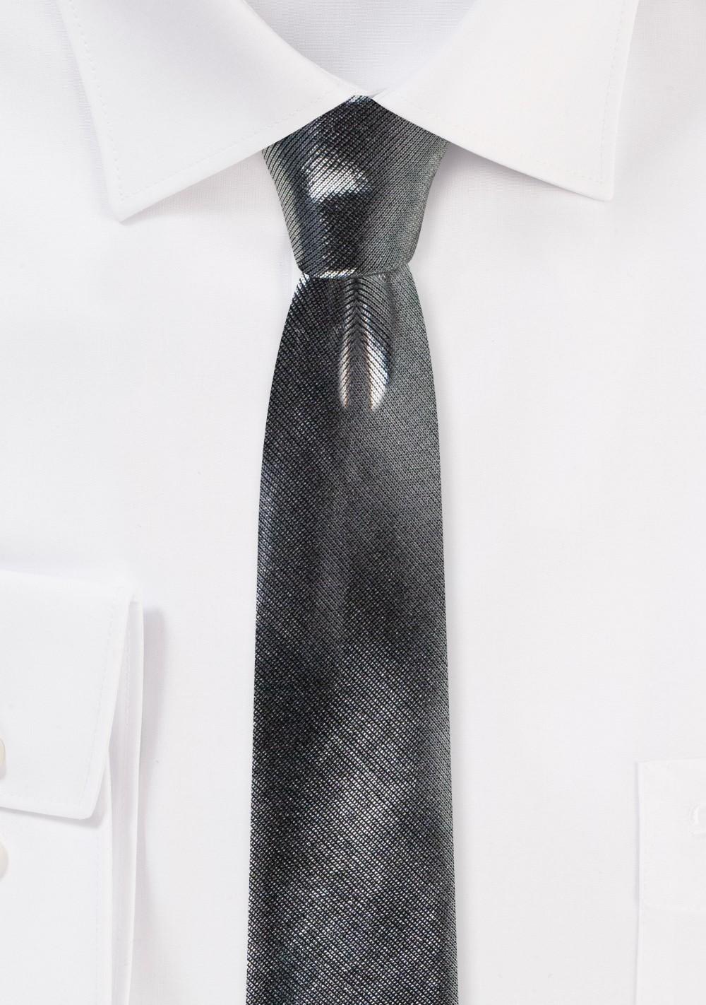Metallic Skinny Tie in Shiny Silver