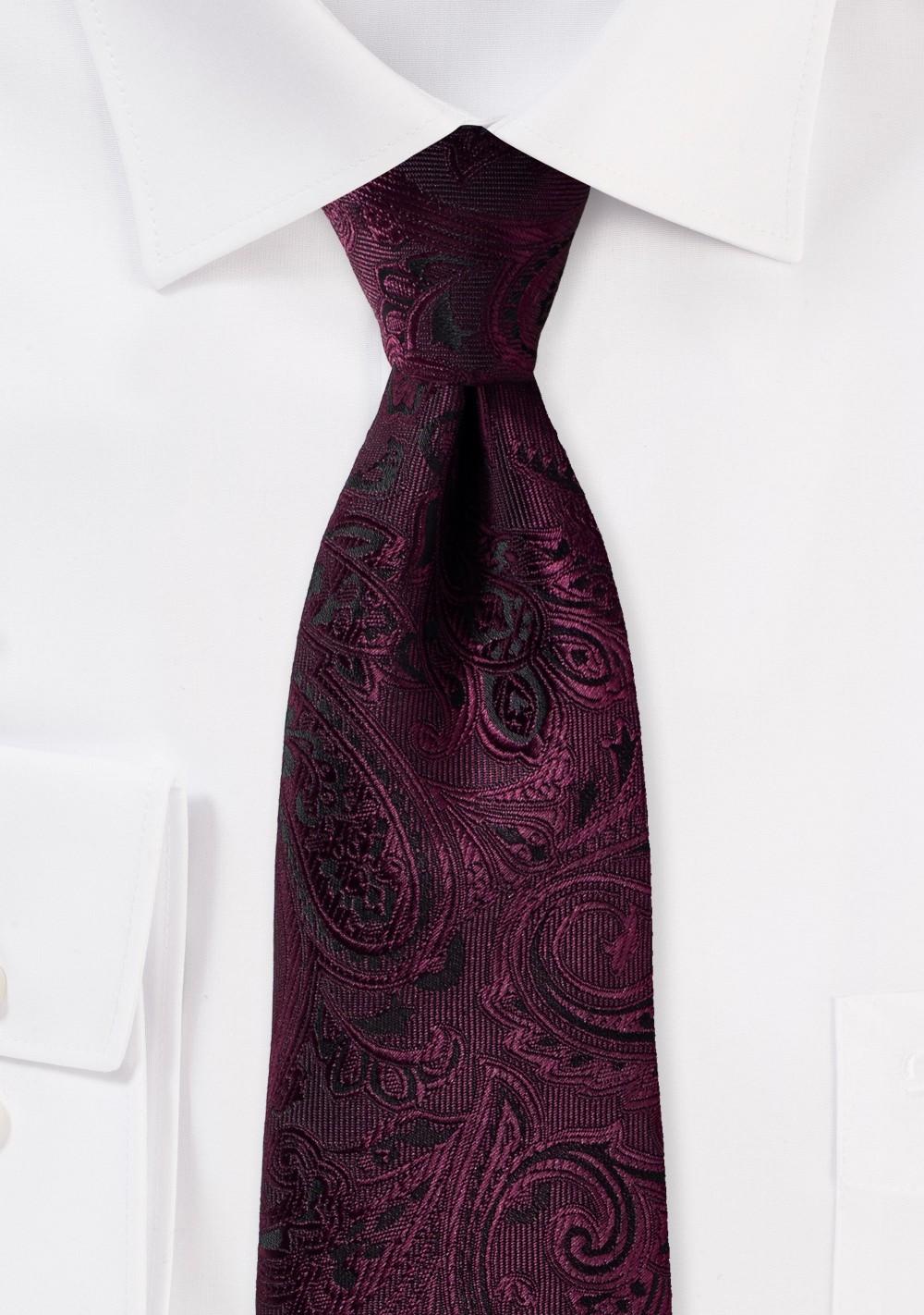 Claret Paisley Tie in XL