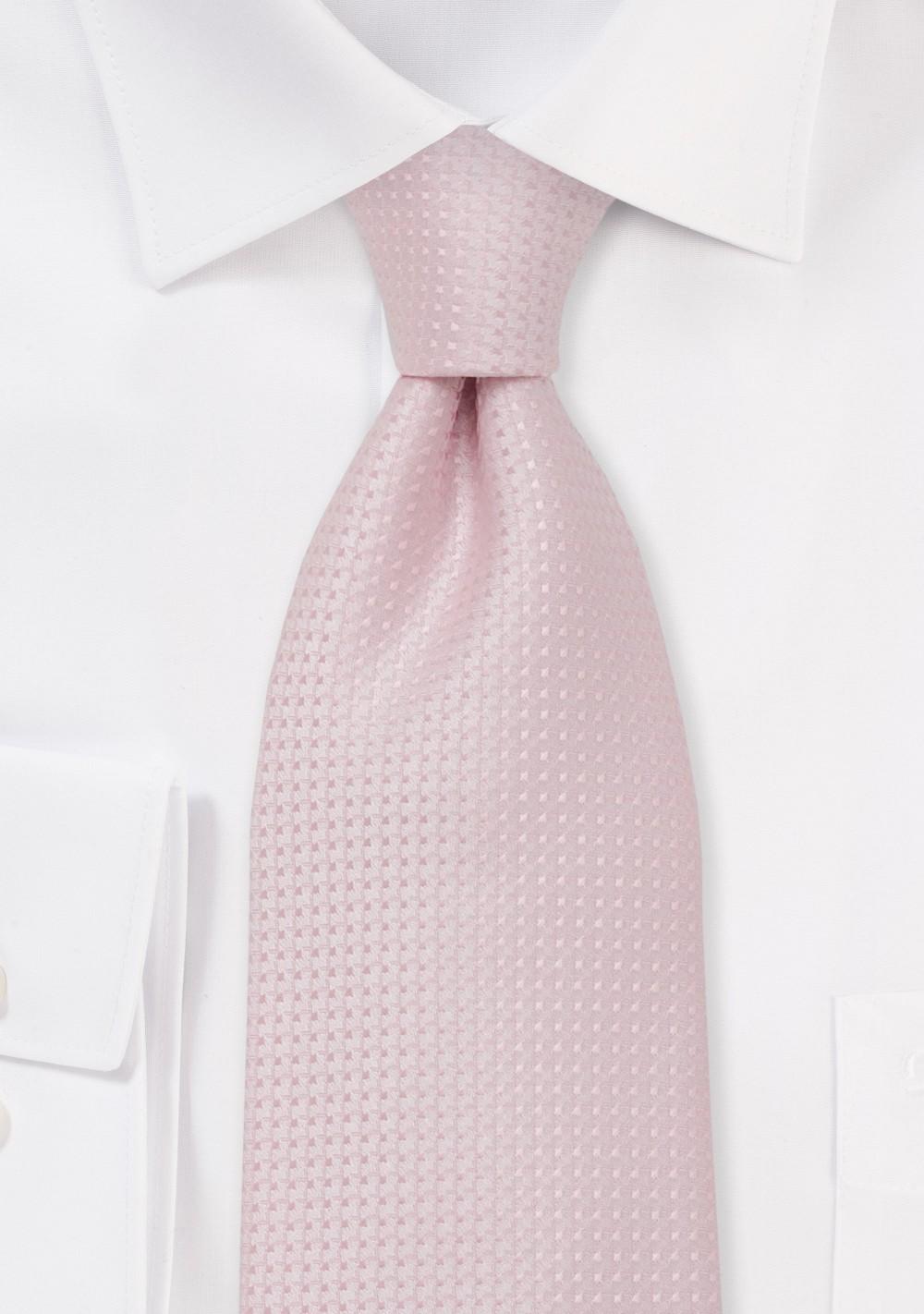 Light Pink Necktie in XL