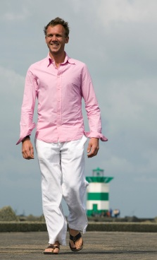 Guide to Wearing Pink – Men's Fashion and the Color Pink | Bows-N ...