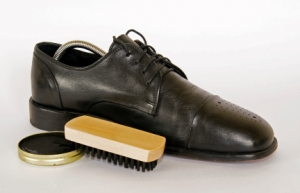 winter-shoe-care-tips-mens-shoes