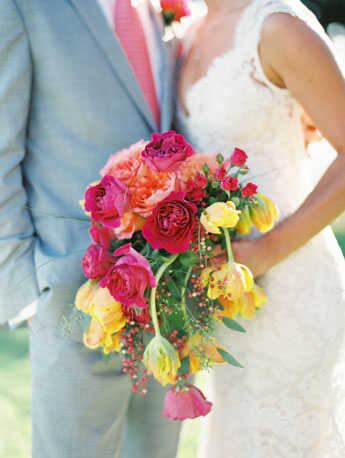 coral-wedding-bouquet