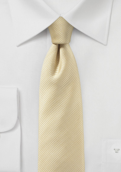 Skinny Necktie in Cream with Ribbed Textured