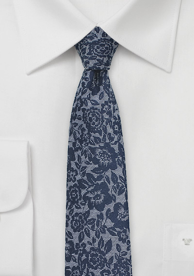 Skinny Lace Silk Tie in Classic Navy