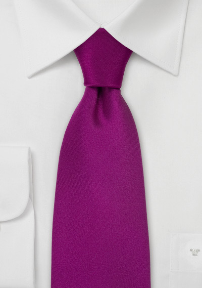 Mens Necktie In Solid Magenta Pink