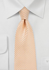 Micro Houndstooth Check Tie in Peach Fuzz