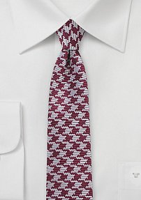 Trendy Skinny Houndstooth Tie in Red and Silver