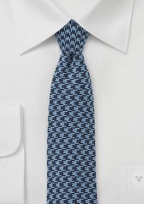 Houndstooth Tie in Blue