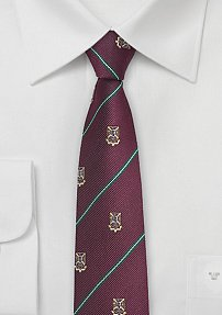 Skinny Crested Repp Tie in Maroon and Hunter Green