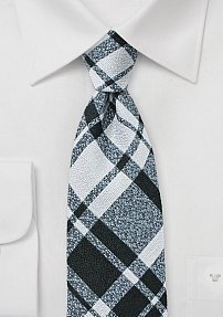 Trendy Plaid Tie in Black and Gray in Wool