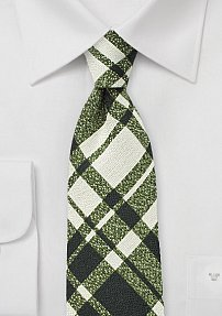 Winter Plaid Wool Tie in Beige and Green