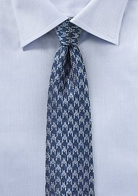Trendy Skinny Tie with Blue Houndstooth Pattern