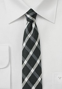 Skinny Designer Tie in Black and Silver