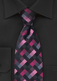 Diamond Patterned Tie in Pinks and Blacks