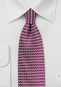 Retro 70s Design Silk Tie in Magenta and Gray