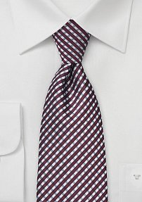 Small Plaid Patterned Tie in Burgundy