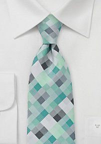 Diamond Tie in Mint Greens