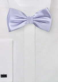 Solid Colored Bowtie in Light Lavender