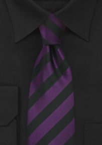 Necktie in Purple Black