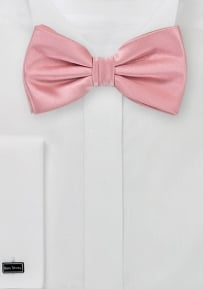 Elegant Summer Bow Tie in Soft Pink