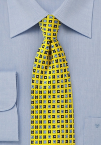 Summer Silk Necktie in Yellow and Blue