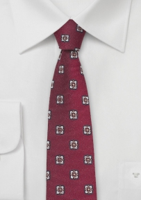Vintage Design Skinny Tie in Wine Red