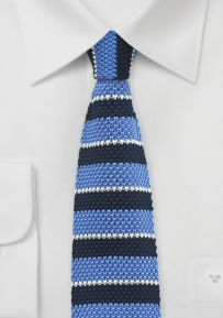 Knitted Necktie in Blue with Stripes