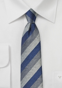 Trenditional Striped Tie in Navy and Gray