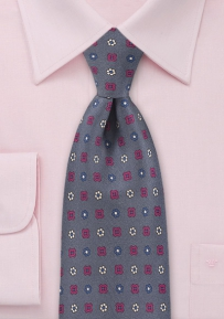 Maculine Floral Tie in Muted Amethyst