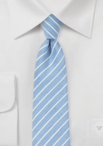 Trendy Skinny Tie in Blue Made from Linen