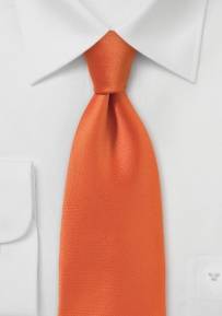 Radiant and Festive Necktie in Slimmer Cut