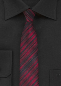 Skinny Necktie in Ruby Red